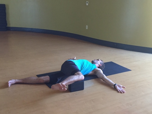 3 Yoga Poses for Thoracic Spine Mobility – Mindful MVMNT